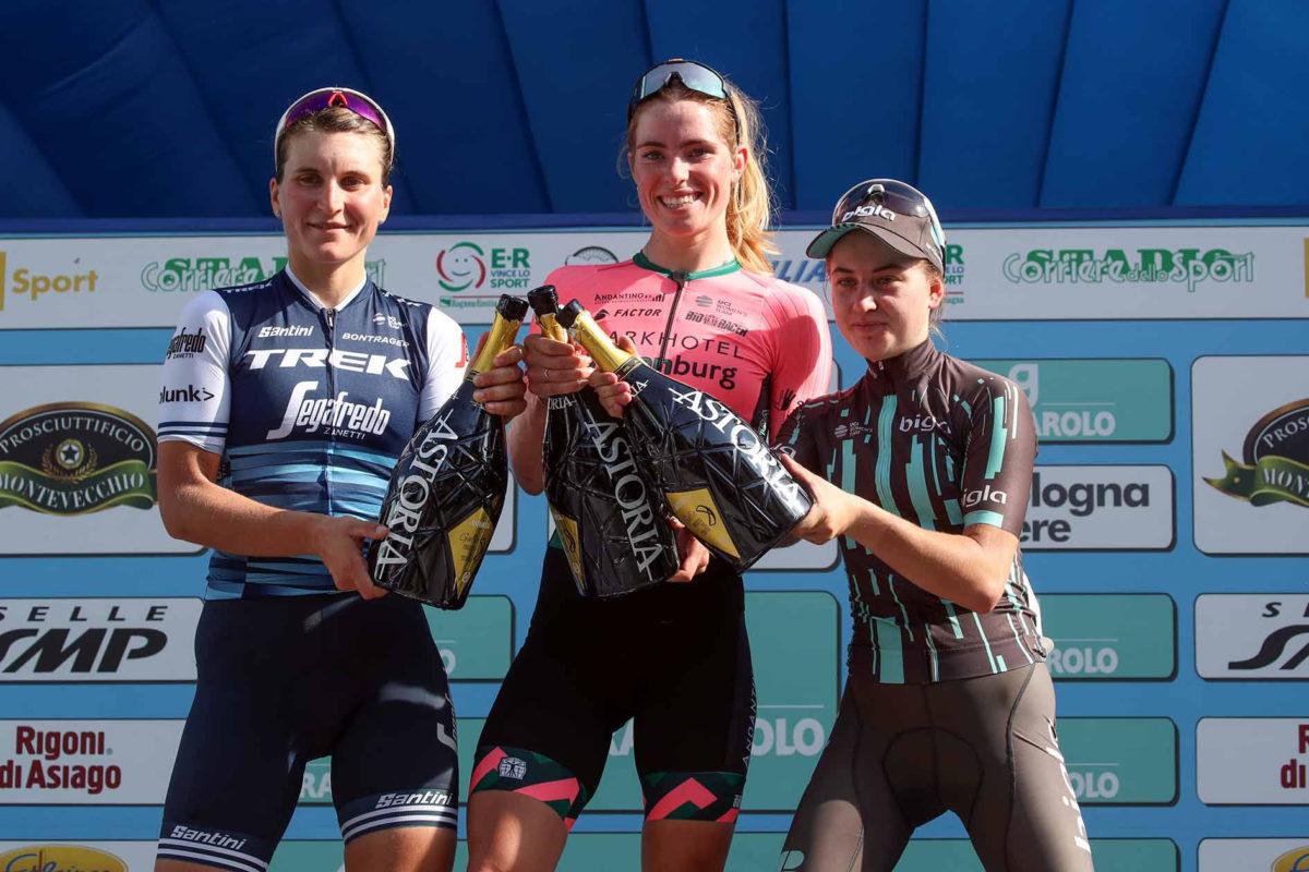 Il podio del Giro dell'Emilia femminile 2019 (foto BettiniPhoto)
