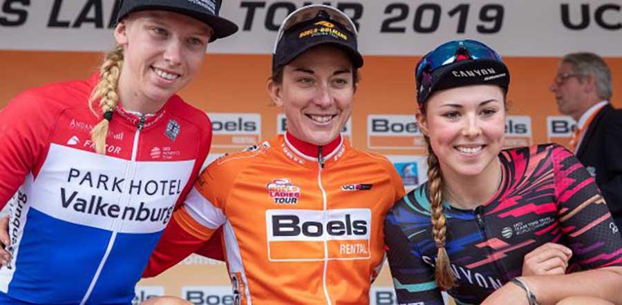 Il podio finale del Boels Ladies Tour vinto da Christine Majerus