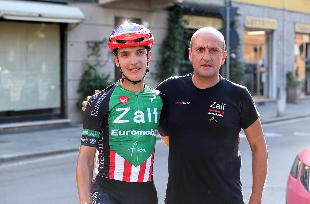 Edoardo Faresin con papà Gianni (foto Scanferla)