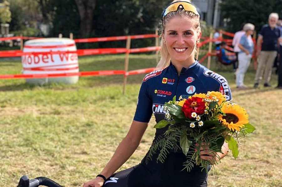 Rebecca Gariboldi felice per il secondo posto a Illnau
