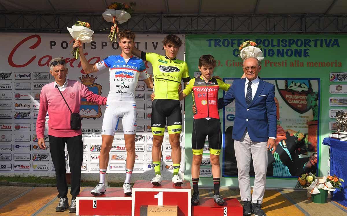 Il podio della gara Juniores di Camignone (foto Rodella)