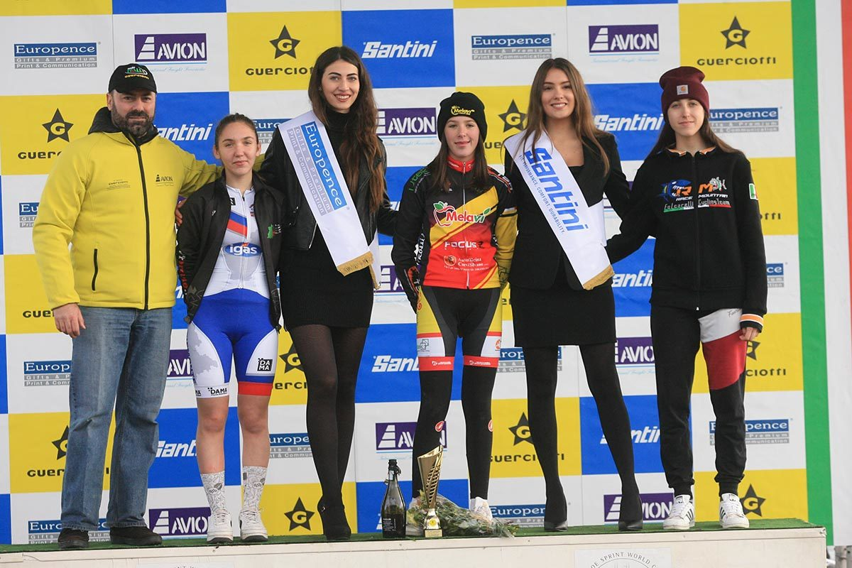 Il podio della gara Donne Allieve 1° anno del Gp Guerciotti (foto Fabiano Ghilardi)