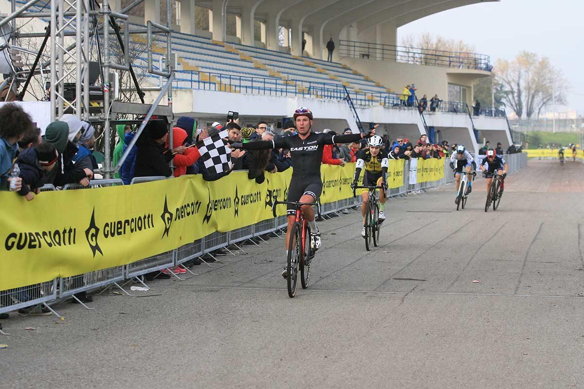 La vittoria di Sascha Weber nella gara Open maschile del Gp Guerciotti (foto Fabiano Ghilardi)