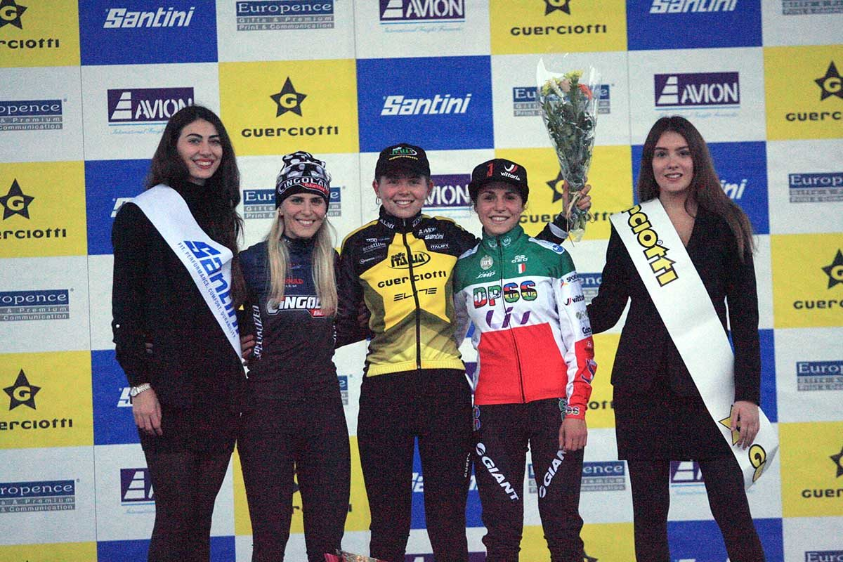 Il podio della gara Donne Open del Gp Guerciotti (foto Fabiano Ghilardi)