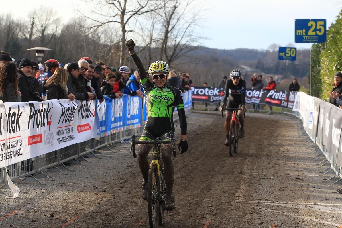 Carlotta Borello vince a Lurago d'Erba (foto Fabiano Ghilardi)