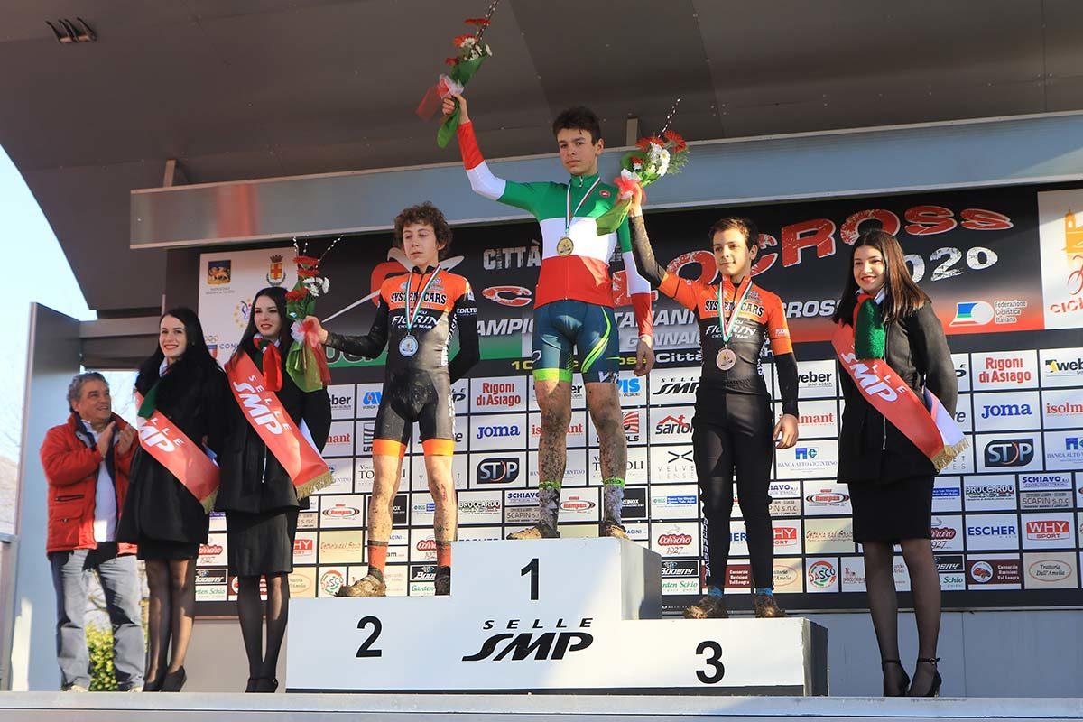 Il podio del Campionato Italiano di Ciclocross Esordienti 2° anno vinto da Christian Fantini (foto Fabiano Ghilardi)