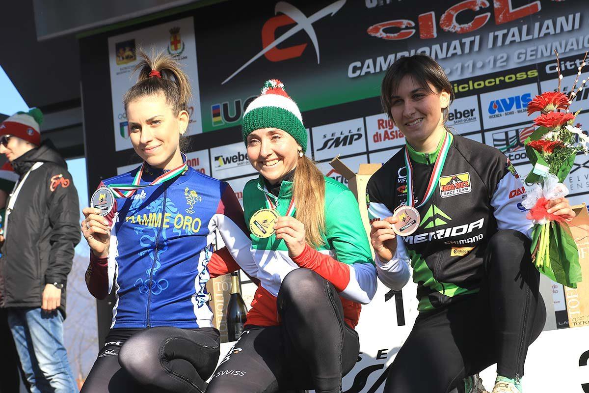 Il podio del Campionato Italiano di Ciclocross Donne Elite vinto da Eva Lechner (foto Fabiano Ghilardi)