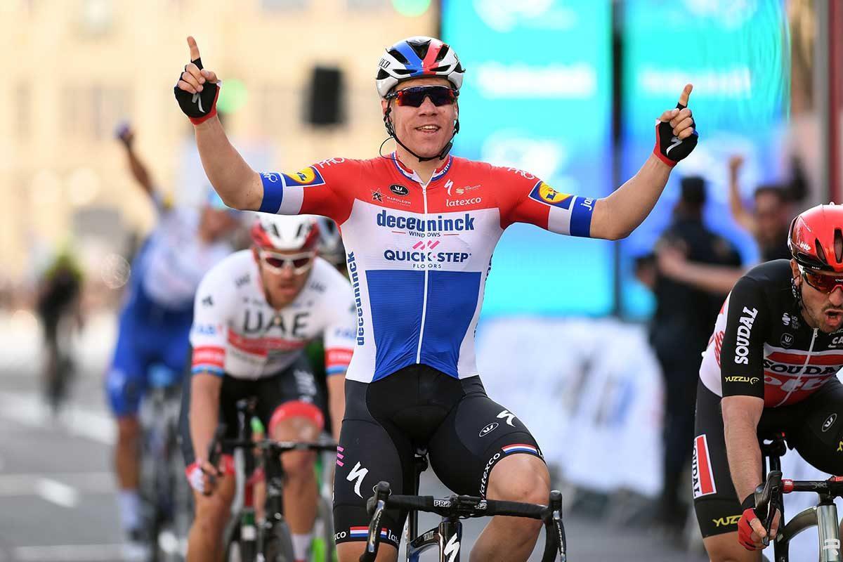 Fabio Jakobsen vince la quinta tappa della Volta Valenciana (foto David Ramos/Getty Images)