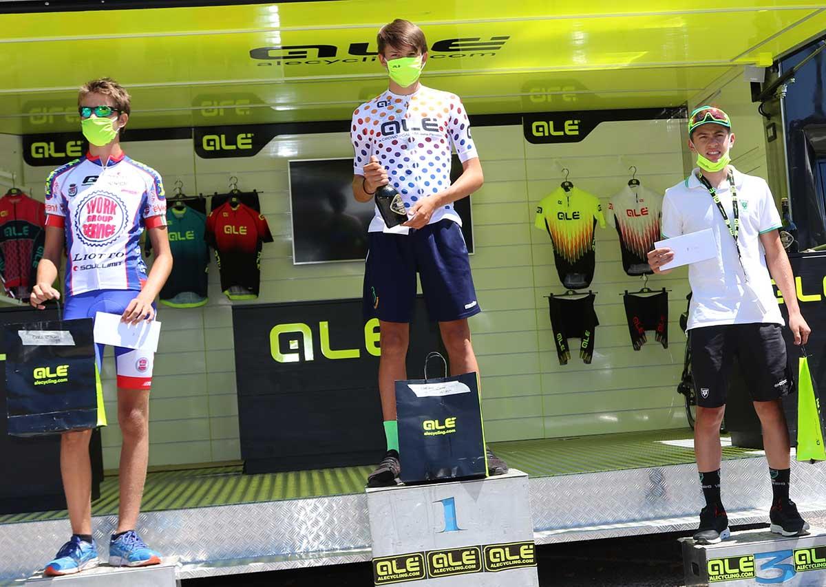 Il podio Esordienti 2° anno della Cronoscalata della Pendola Alé (foto Photobicicailotto)