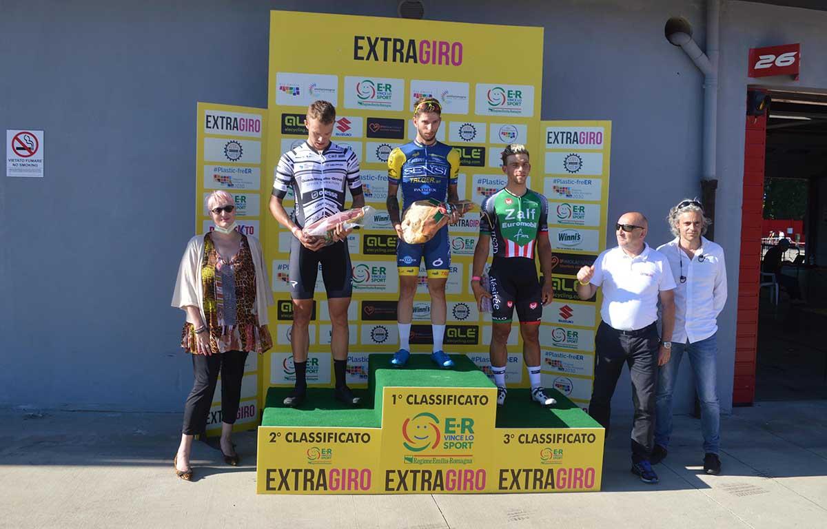 Il podio della prima gara di gruppo in Italia corsa ad Imola dopo il lockdown per Coronavirus