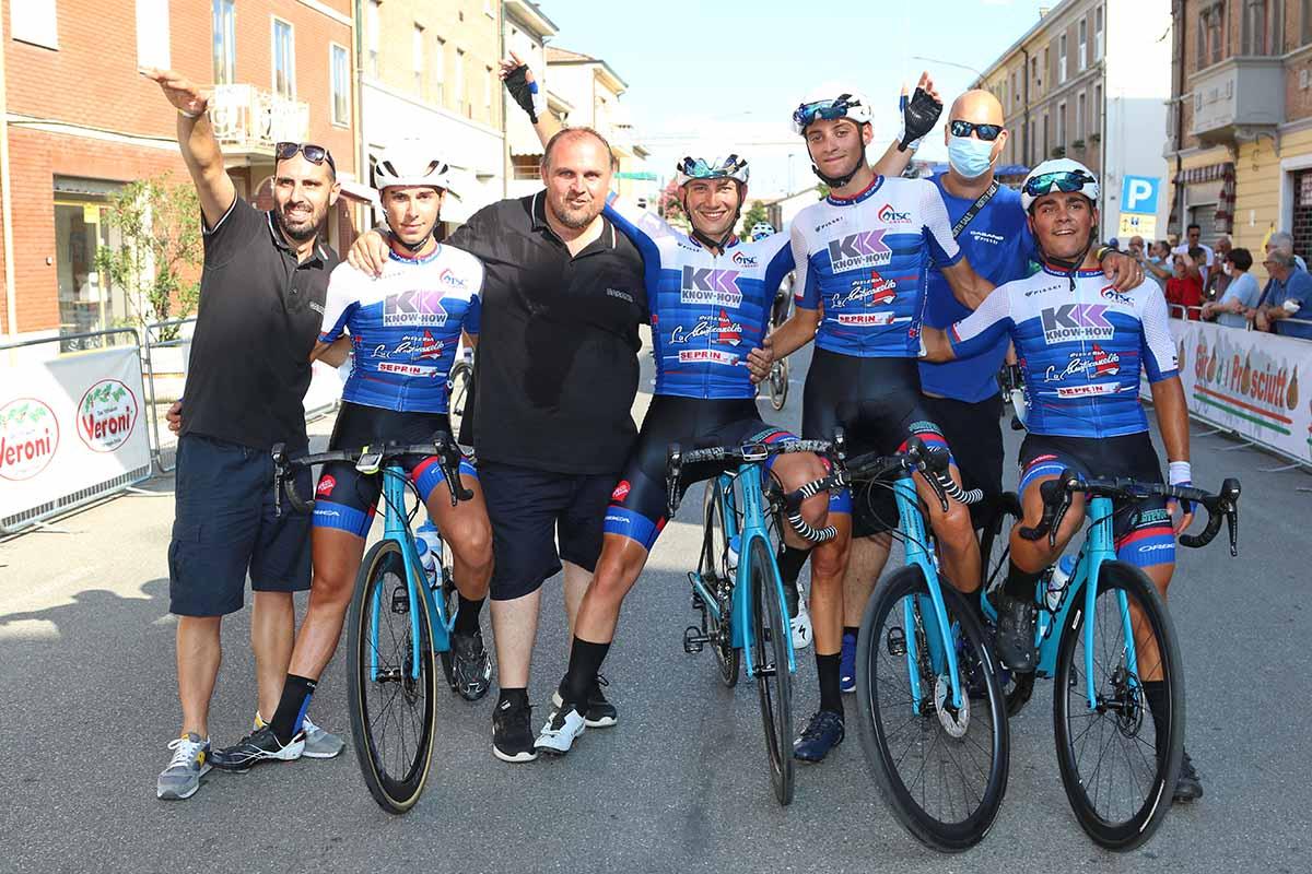 Festa del team Casano al Gp Massa Finalese 2020 (foto Photobicicailotto)