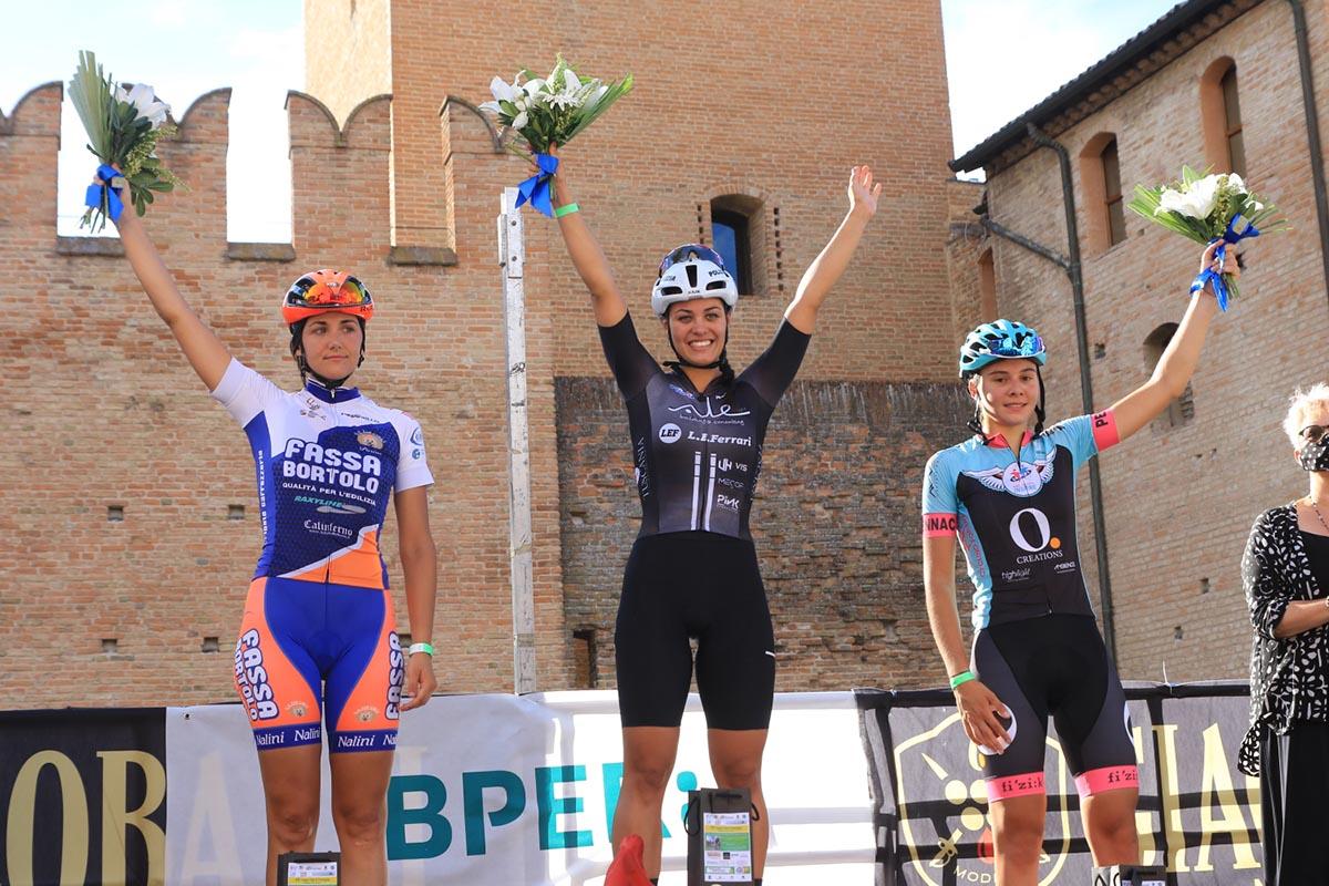 Il podio della gara Donne Open di Formigine (foto Fabiano Ghilardi)