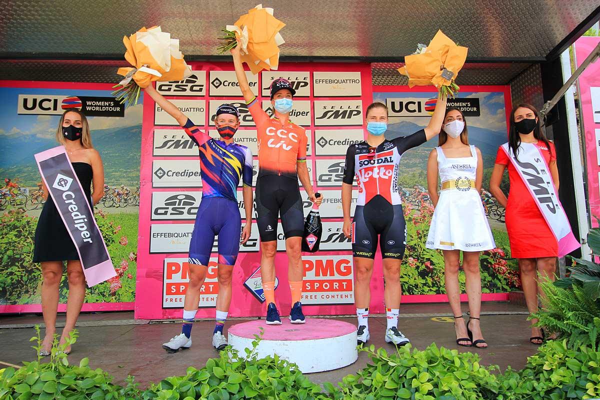 Il podio della sesta tappa del Giro Rosa (foto F. Ossola)
