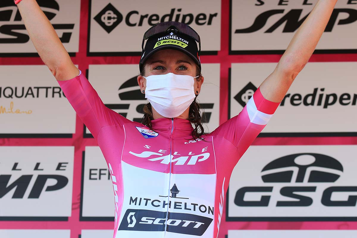 Annemiek Van Vlauten resta leader dopo la terza tappa del Giro Rosa (foto F. Ossola)