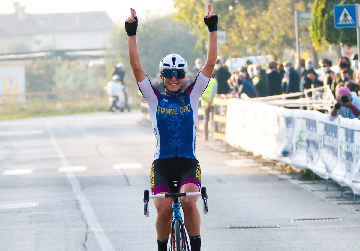 Elisa Longo Borghini vince il Campionato Italiano Donne Elite 2020 a Breganze (foto Photobicicailotto)