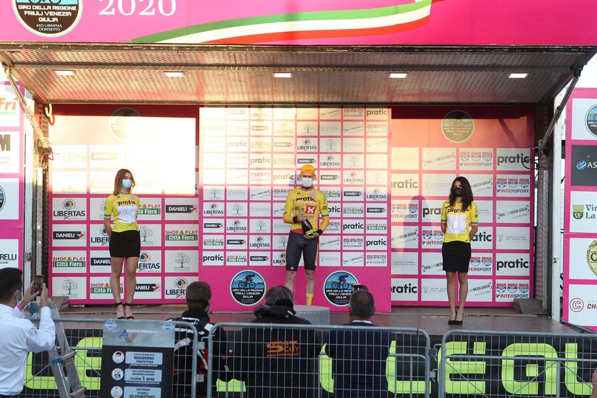 Niklas Larsen primo leader del Giro del Friuli V.G. 2020 dopo la cronosquadre di apertura (foto Bolgan)