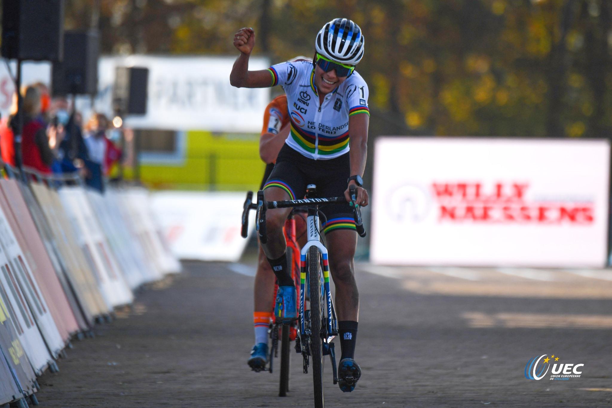 Ceylin Del Carmen Alvarado vince il Campionato Europeo di Ciclocross Donne Elite 2020 (foto UEC/BettiniPhoto)
