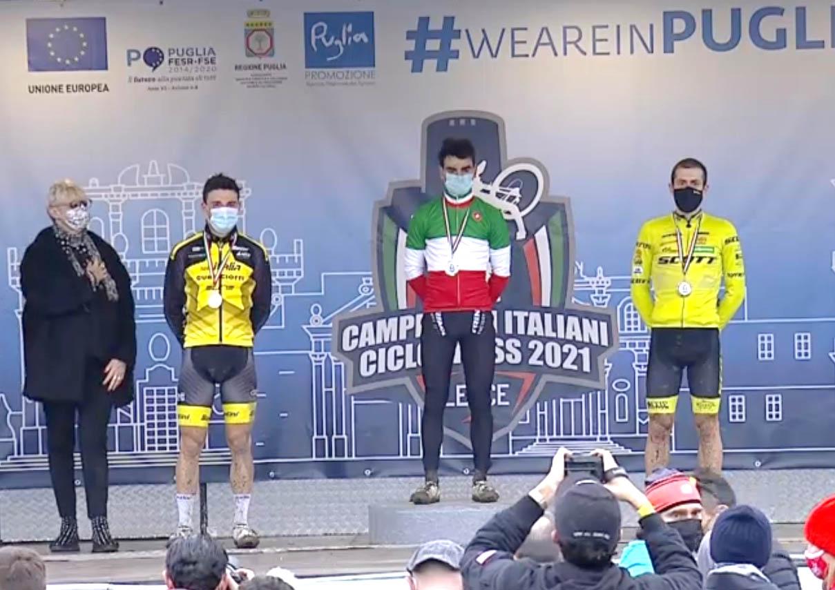 Il podio del Campionato Italiano Ciclocross Elite 2021 a Lecce vinto da Gioele Bertolini
