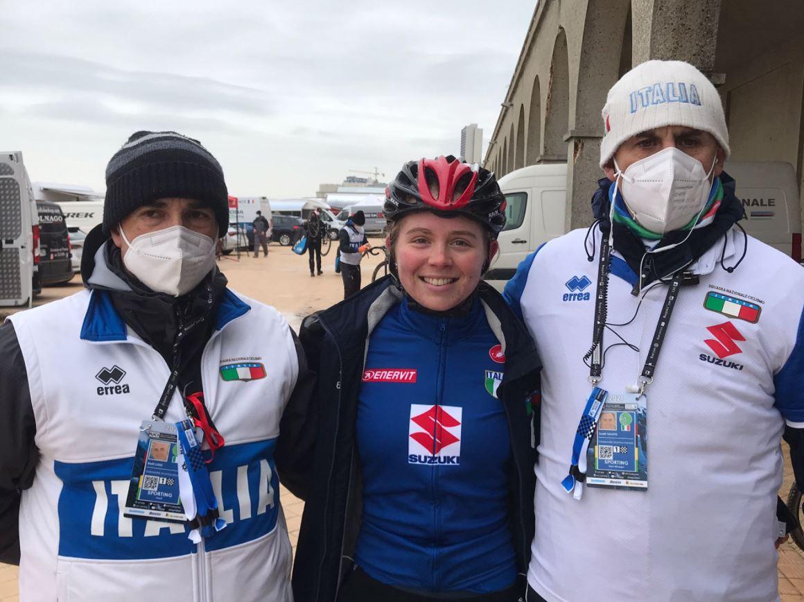 L'azzurra Francesca Baroni, quinta al Mondiale, con Luigi Bielli e il CT Fausto Scotti