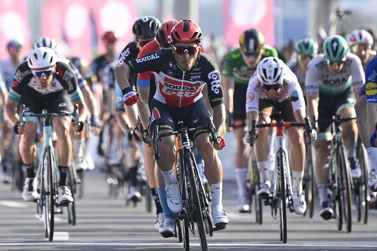 Caleb Ewan vincitore dell'ultima tappa dell'UAE Tour 2021 (foto LaPresse)