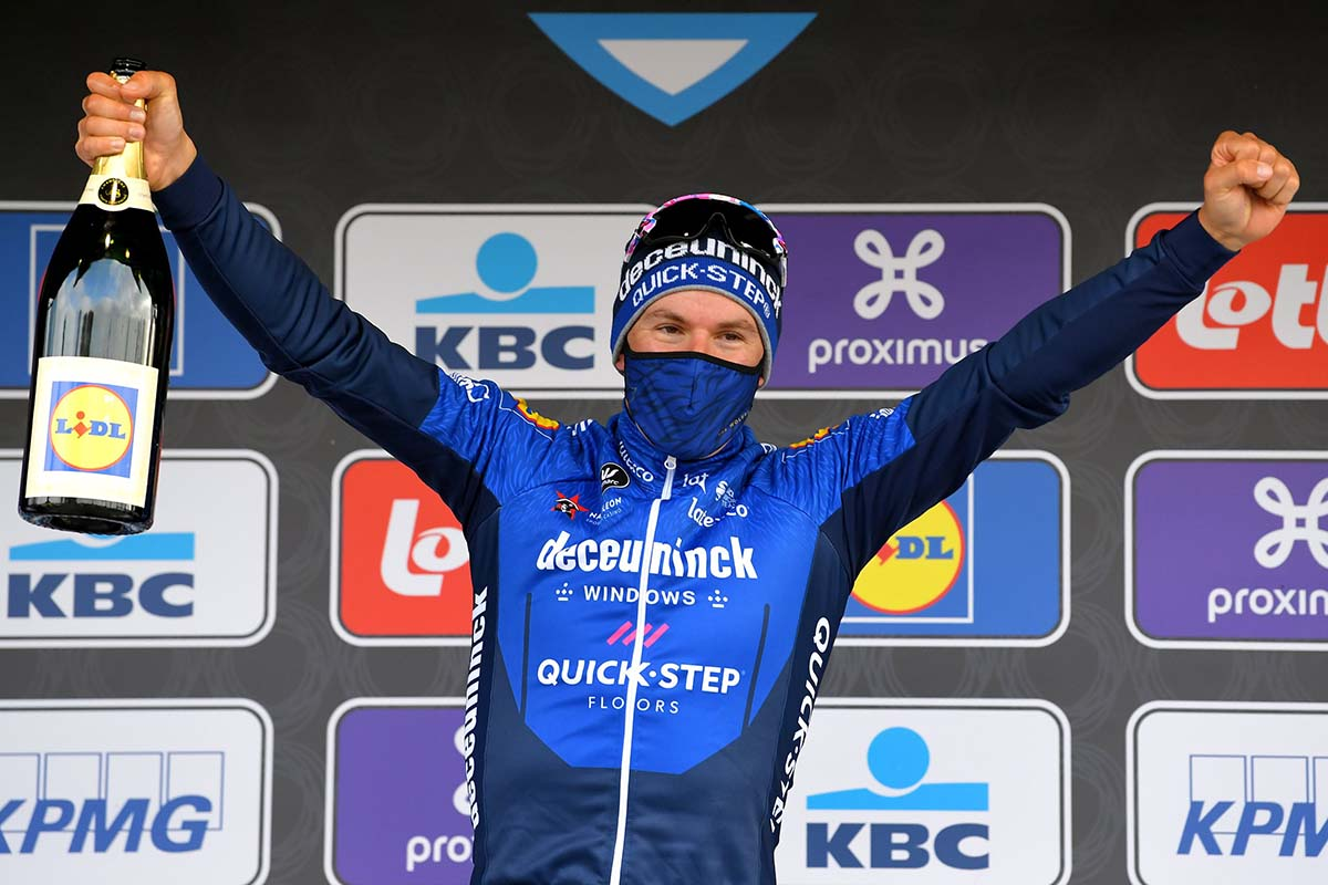 Davide Ballerini vincitore della Omloop Het Nieuwsblad 2021 (foto Luc Claessen/Getty Images)
