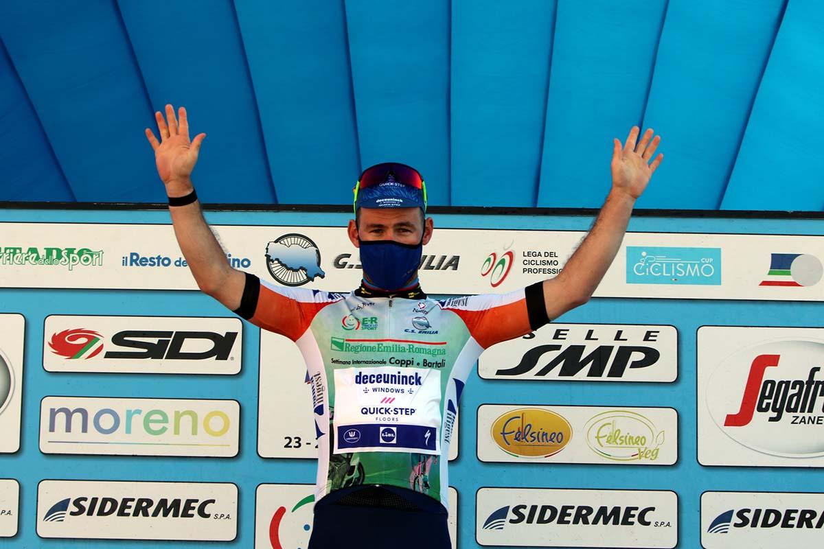 Mark Cavendish dopo le prime due semitappe è leader della Settimana Coppi e Bartali 2021 (foto Photobicicailotto)