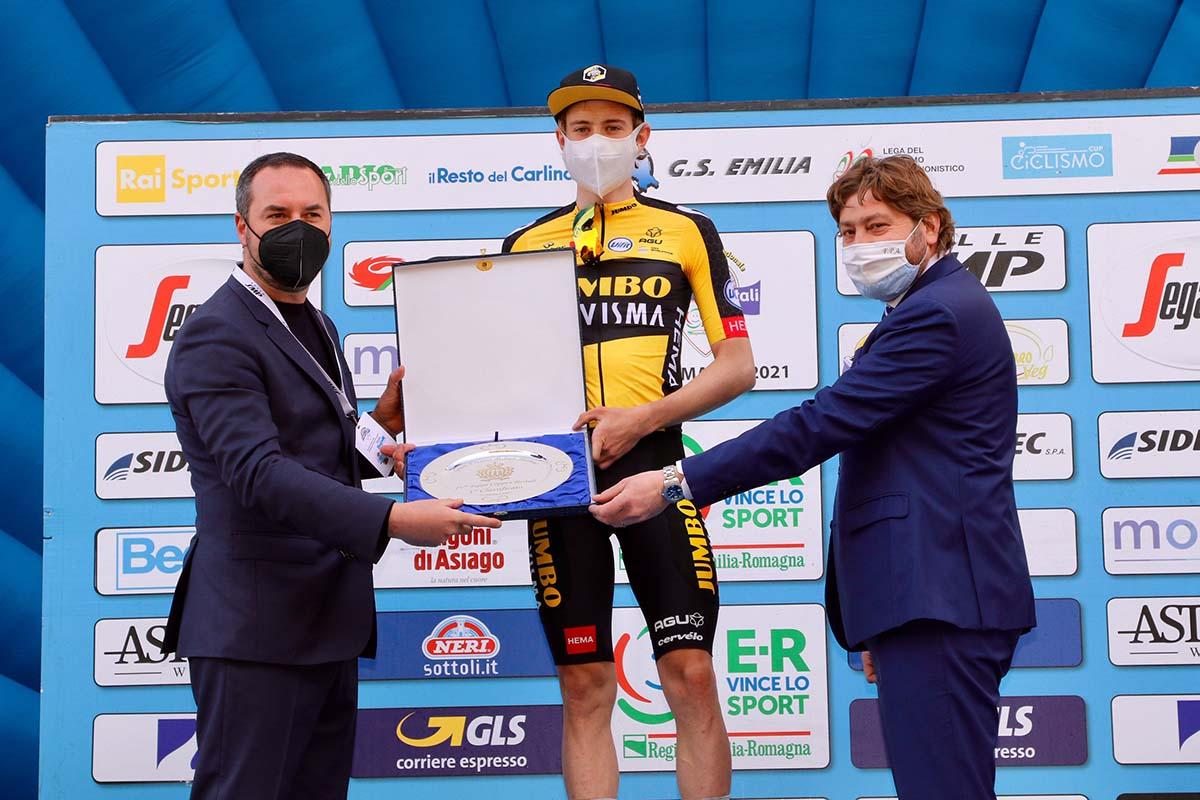 Jonas Vingegaard vincitore della quarta tappa della Settimana Coppi e Bartali 2021 (foto Photobicicailotto)