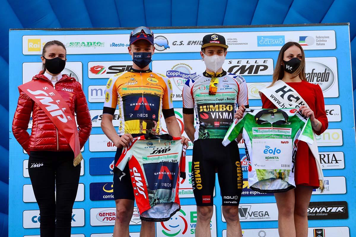 Le maglie dopo la quarta tappa della Settimana Coppi e Bartali 2021 (foto Photobicicailotto)