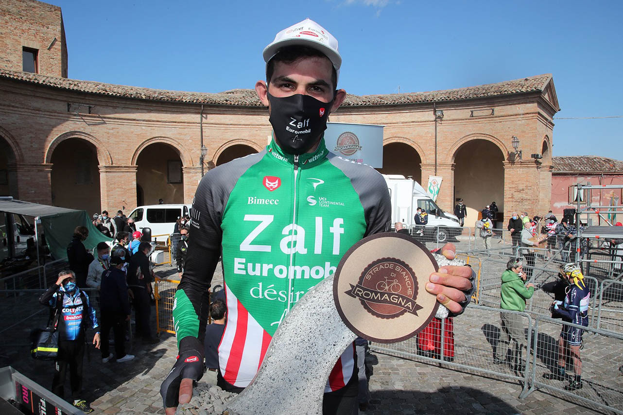 Alex Tolio vincitore la Strade Bianche di Romagna 2021