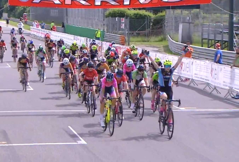 Francesca Genna vince all'Autodromo di Monza tra le Donne Esordienti