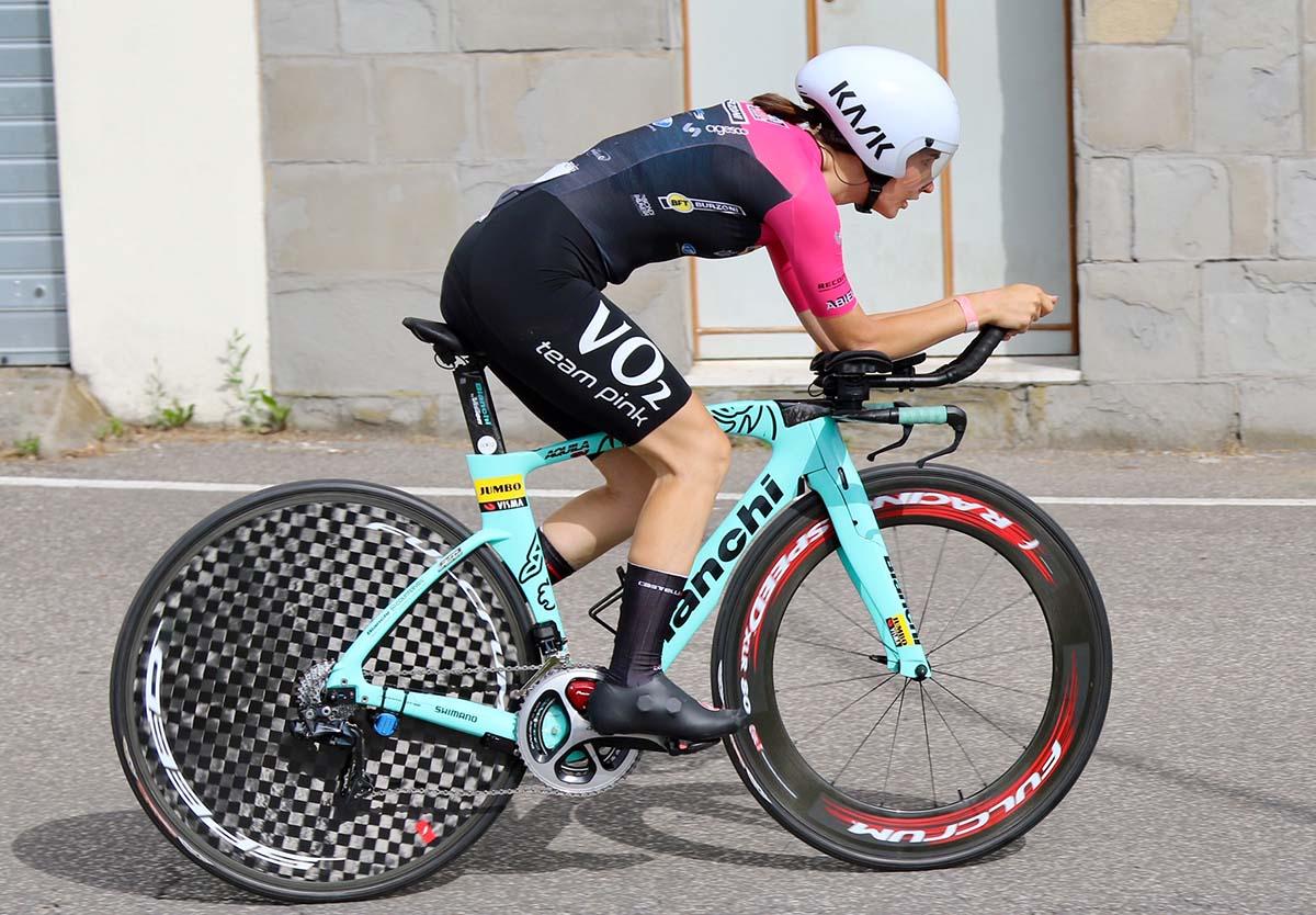 Francesca Barale vince il Campionato Italiano a cronometro Donne Junior 2021 a Faenza (foto Photobicicailotto)