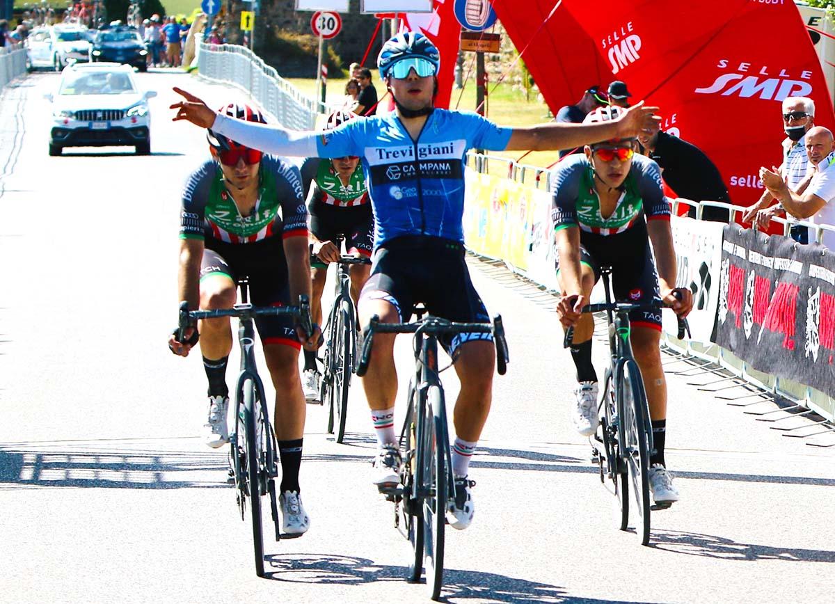 Luca Colnaghi vince la seconda tappa del Giro del Veneto (foto Photobicicailotto)