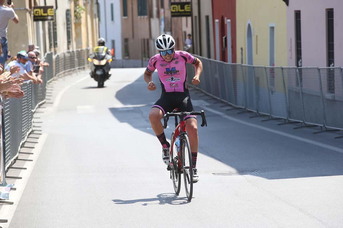Cristian Bonini campione lombardo Allievi 2021 a Volta Mantovana (foto Soncini)