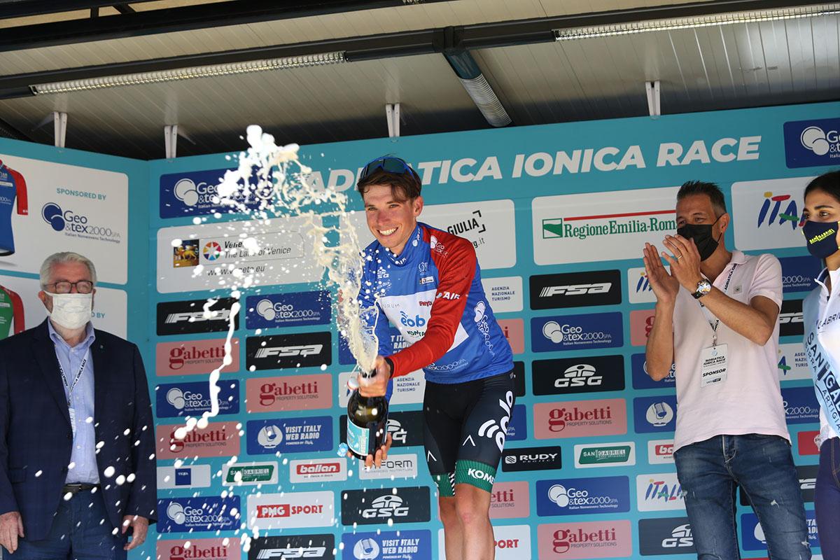 Lorenzo Fortunato leader dopo la seconda tappa dell'Adriatica Ionica Race 2021