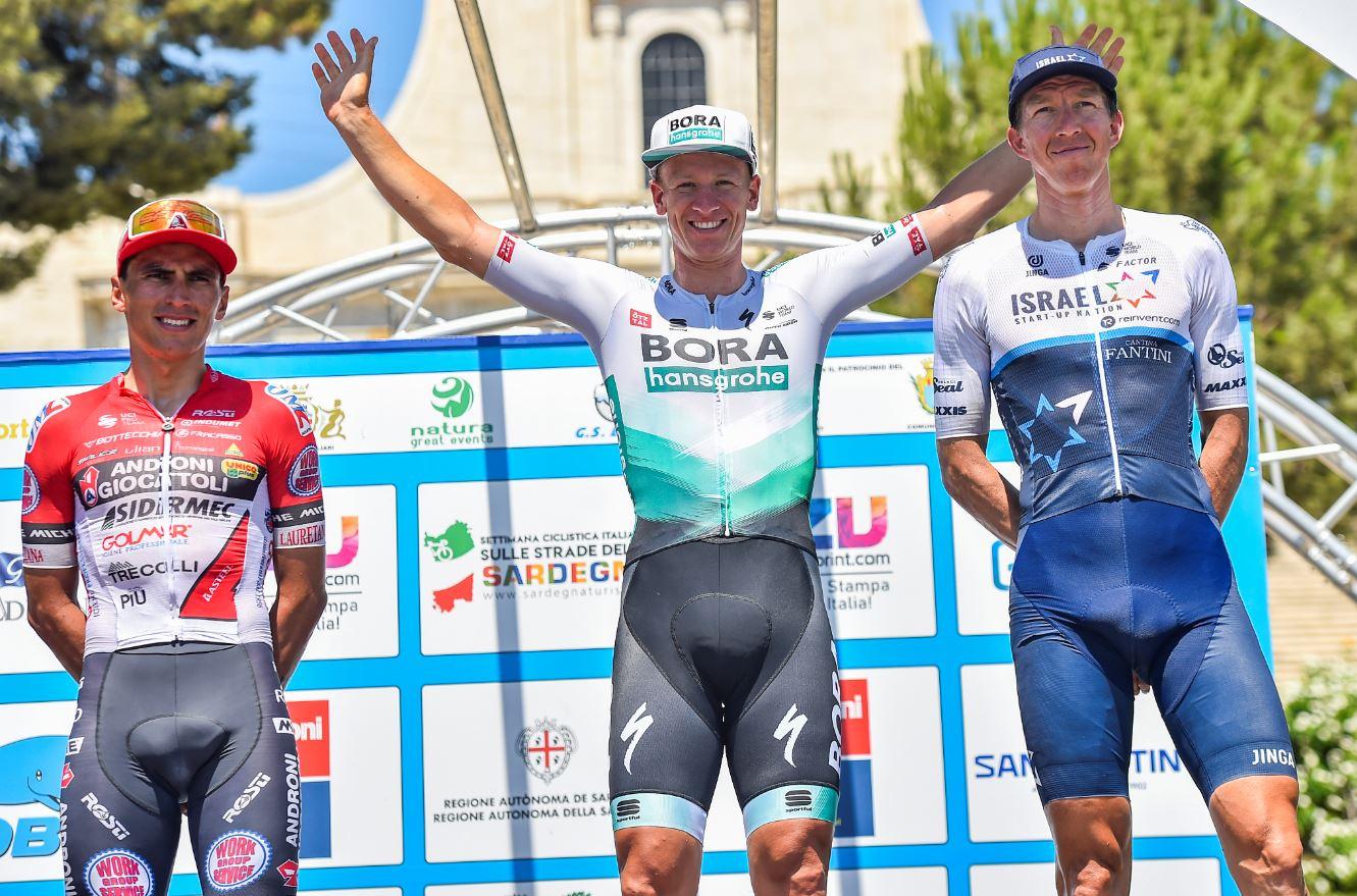 Il podio dell'ultima tappa della Settimana Ciclistica Italiana vinta da Diego Ulissi 2021 (foto BettiniPhoto)