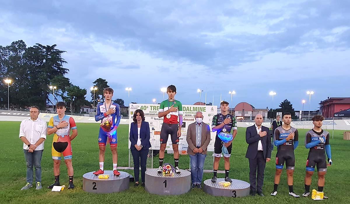 Il podio del Campionato Italiano Omnium su pista Juniores 2021 vinto da Dario Igor Belletta