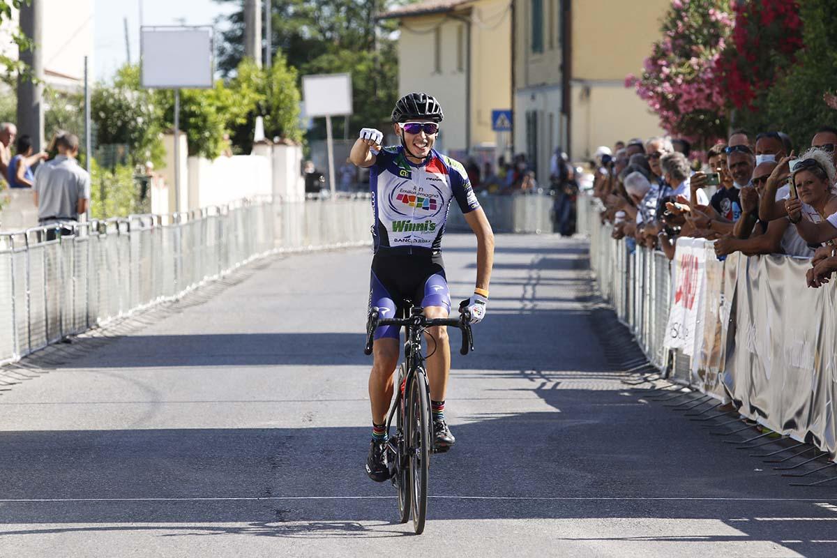 Manuel Tarozzi vince a Marciana