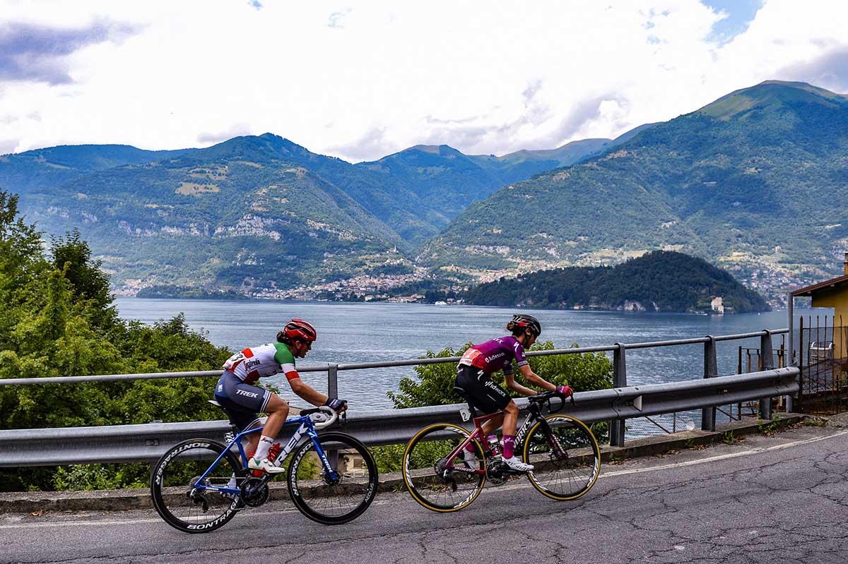 Ashleigh Moolman-Pasio ed Elisa Longo Borghini in fuga nella sesta tappa del Giro d'Italia Donne 2021 (foto BettiniPhoto)