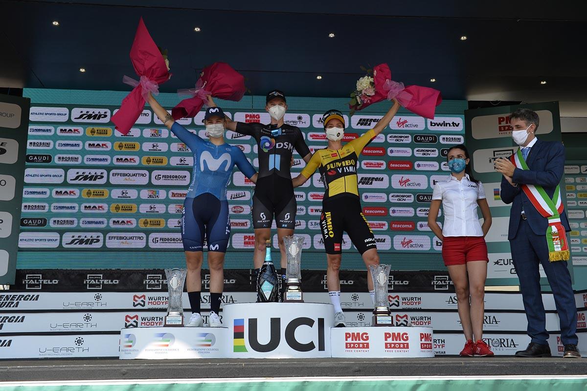 Il podio della quinta tappa del Giro d'Italia Donne 2021 (foto BettiniPhoto)