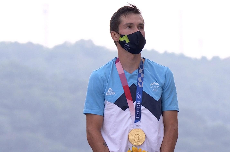 Primoz Roglic medaglia d'oro nella cronometro maschile delle Olimpiadi di Tokyo 2020