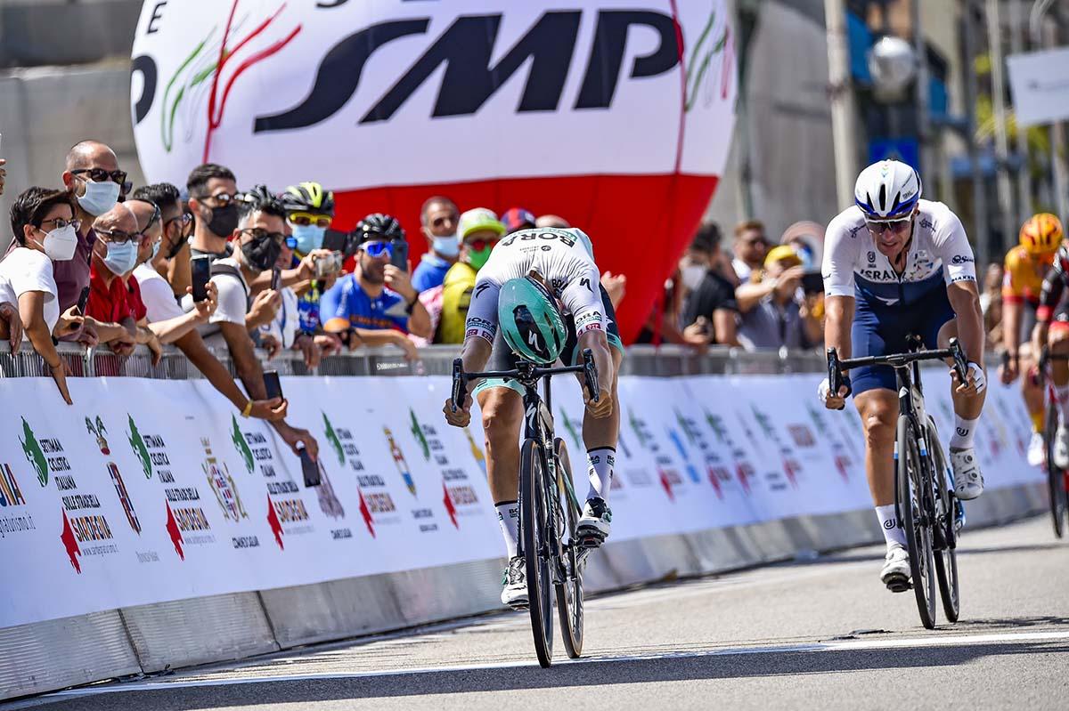 Pascal Ackermann vince la terza tappa della Settimana Ciclistica Italiana 2021 (foto BettiniPhoto)