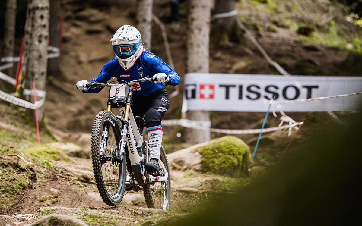 Eleonora Farina impegnata nella run di qualificazione del Downhill (Credits Giacomo Podetti)