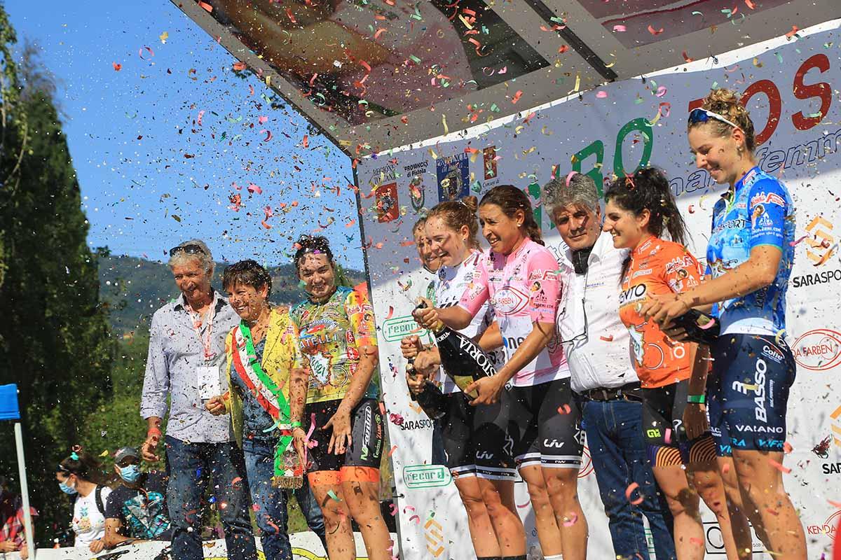 Le maglie dopo la prima tappa del Giro della Toscana femminile 2021 (foto Fabiano Ghilardi)