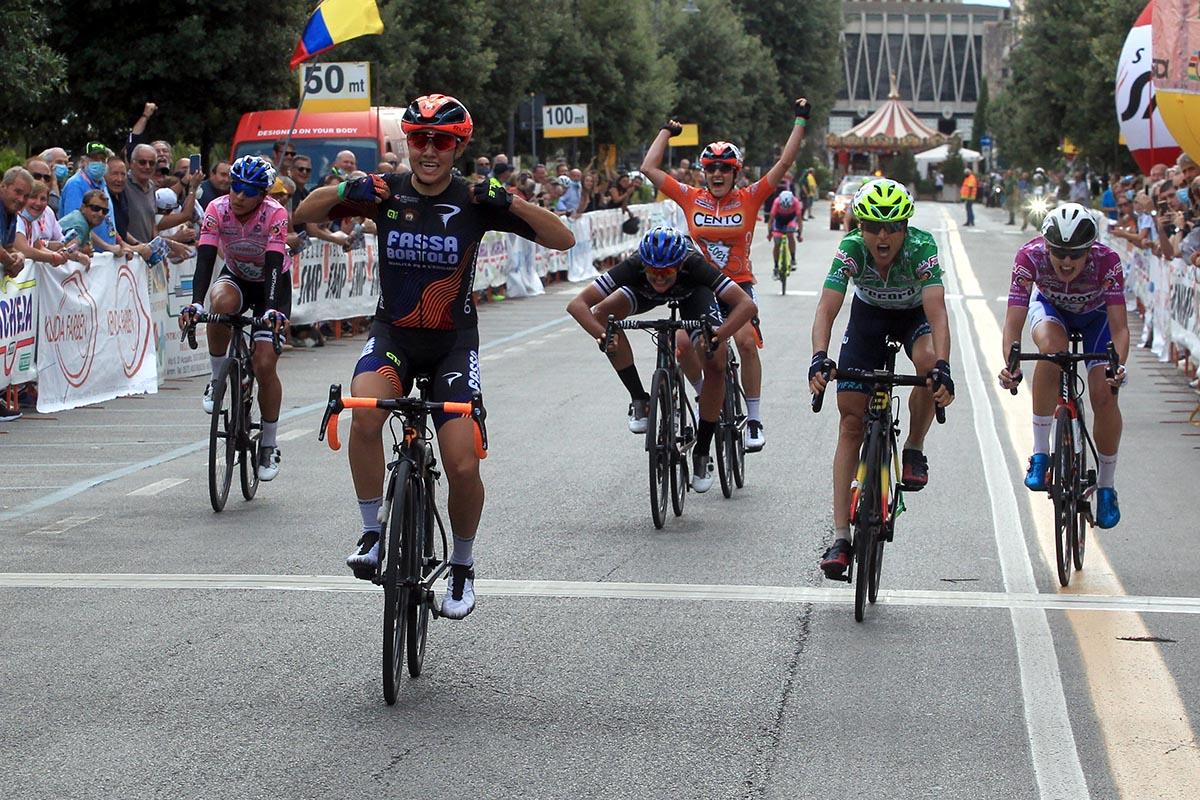 Giorgia Bariani vince l'ultima tappa del Giro della Toscana Femminile 2021 (foto Fabiano Ghilardi)