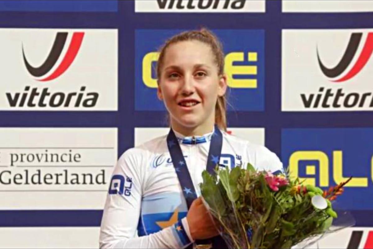 Valentina Basilico vince il titolo europeo della Scratch Donne Junior ad Apeldoorn (foto Sportfoto.nl)