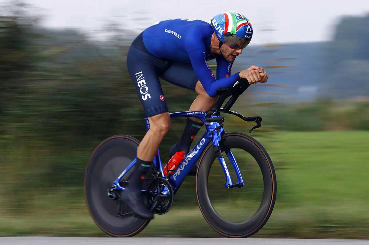 Filippo Ganna vince il Mondiale a cronometro 2021 a Bruges (foto Bettini Photo)