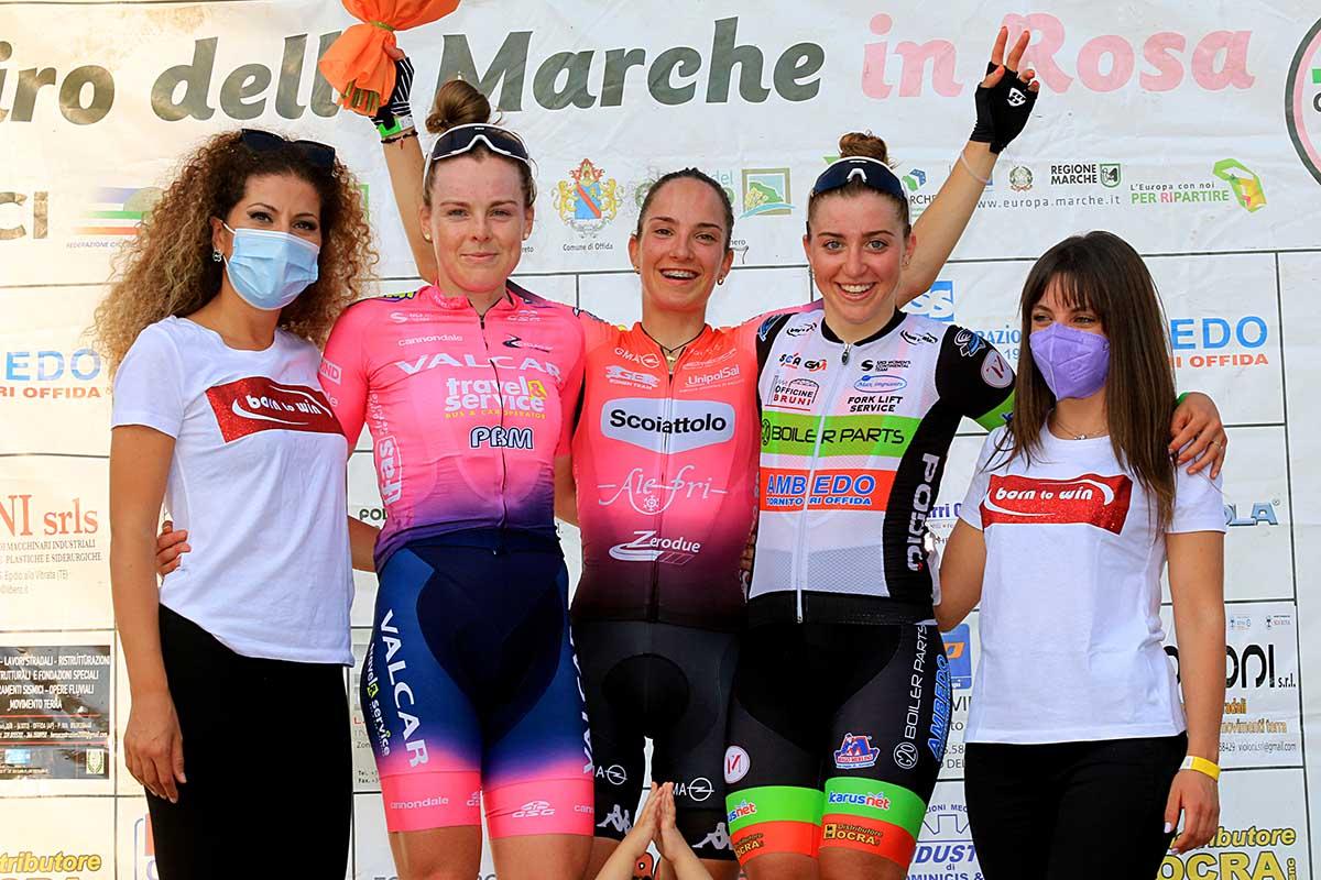 Il podio del Giro delle Marche in Rosa 2021 (foto Flaviano Ossola)