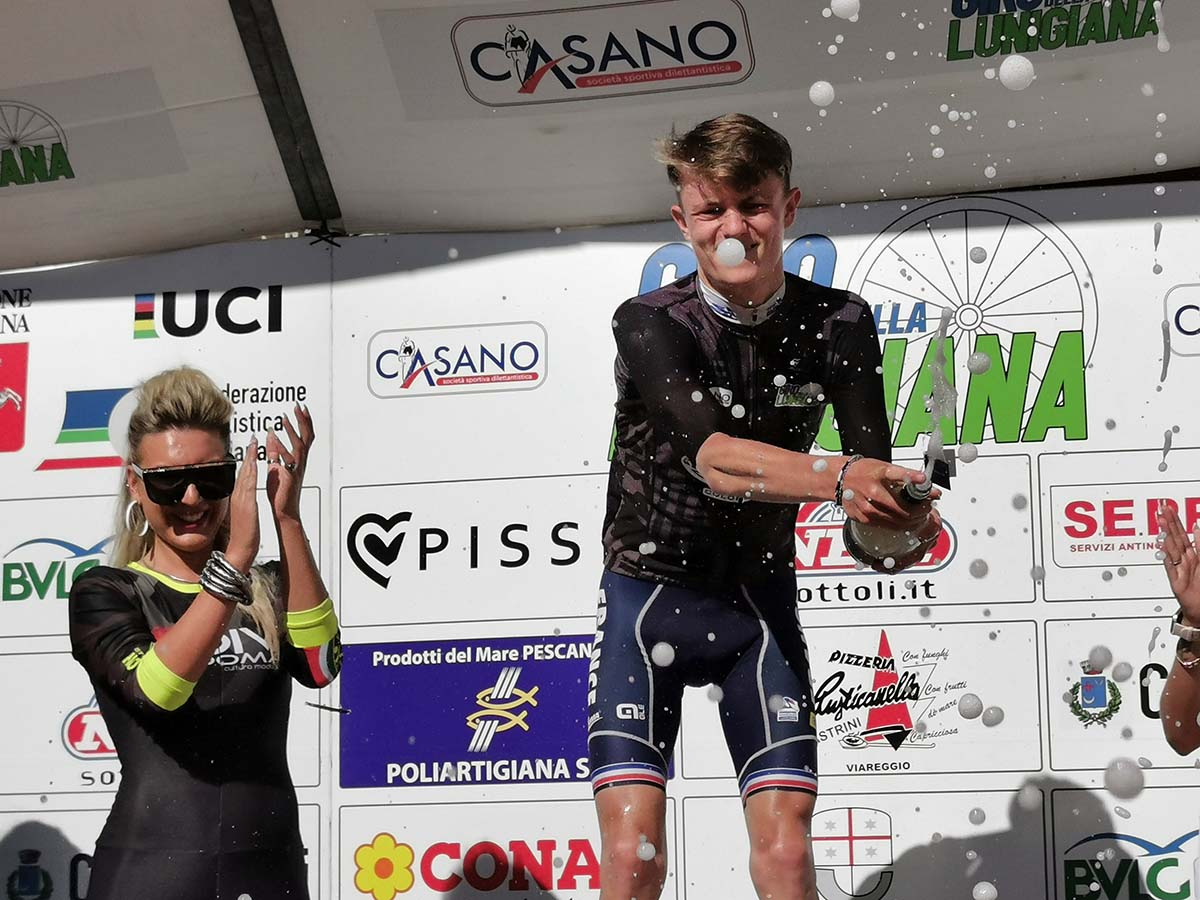Brieuc Rolland vincitore della prima tappa del Giro della Lunigiana 2021 (foto Ciclismoblog / Roberto Fruzzetti)