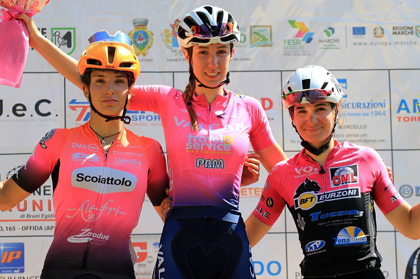 Il podio a Offida della seconda prova del Giro delle Marche (foto F. Ossola)