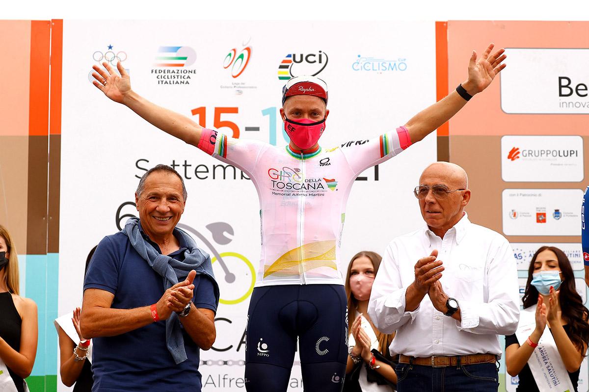 Michael Valgren vince il Giro della Toscana 2021 (foto BettiniPhoto)